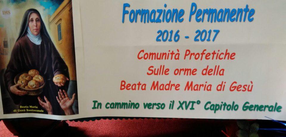 Fr. Giovanni Spagnolo tiene la formazione permanente alle Suore Cappuccine