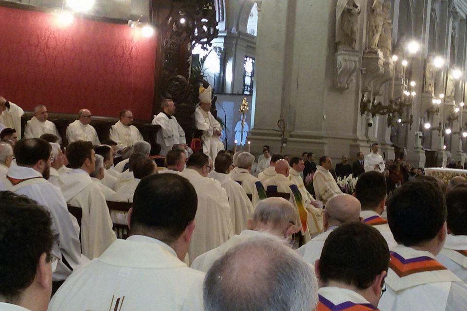 Popolo sacerdotale unto per profumare il mondo – Messa crismale a Palermo 2018