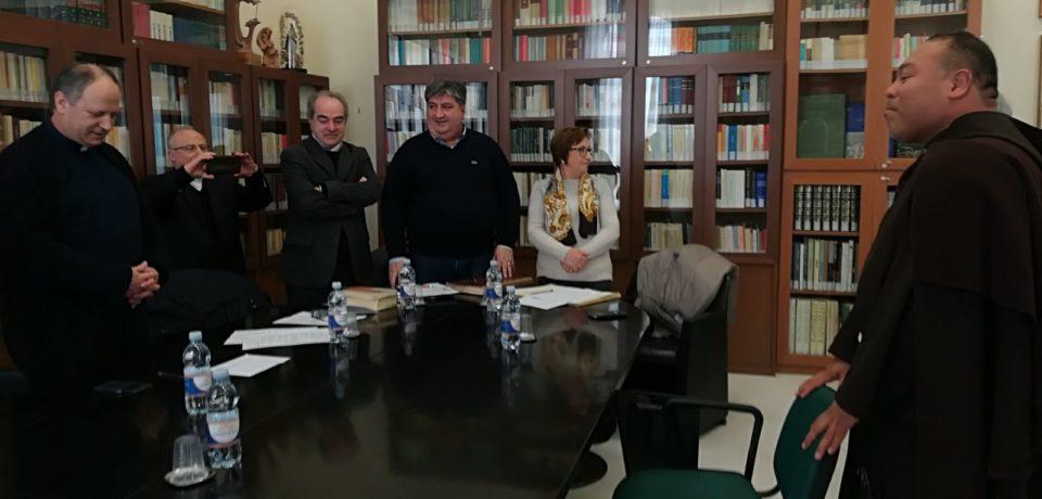 Fr. Rafael Antonio Rivera Gouriyu è Baccelliere in Sacra Teologia