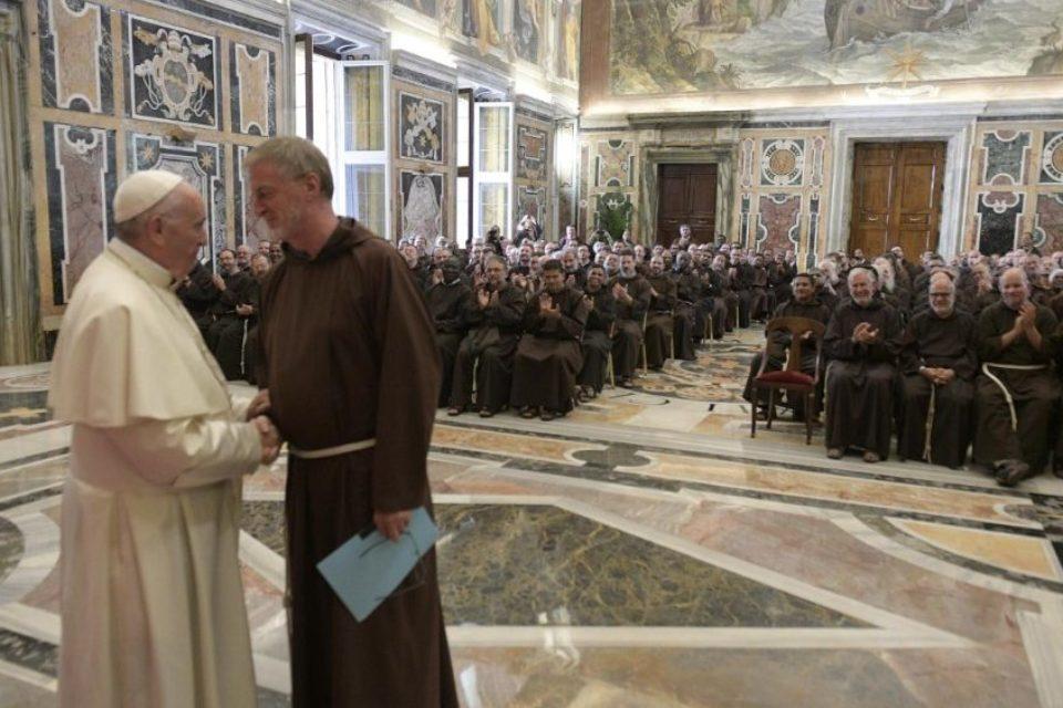 """Udienza di Papa Francesco ai partecipanti al'85° Capitolo Generale: """"Siate vicini alla gente"""""""